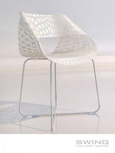 Стол с дантелена визия