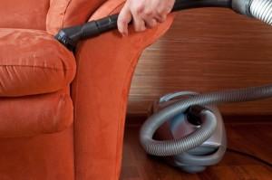 Почистване на различните типове мебели