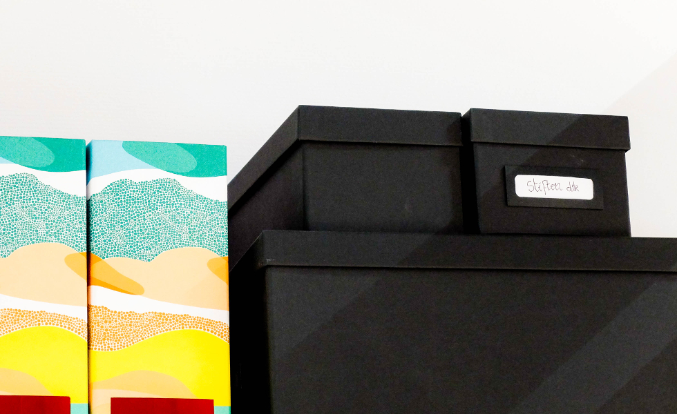 Кутии, подобни на сета за първа помощ