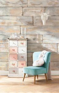 Състарени мебели и износени платове